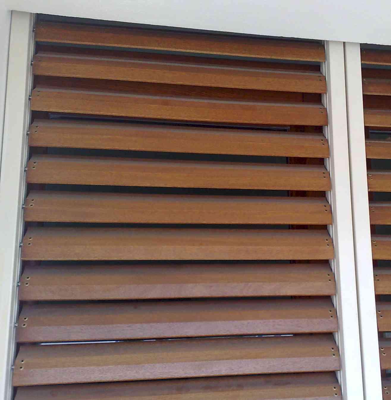 Pareti ventilate facciate continue pareti vetro - Pannelli oscuranti per finestre ...